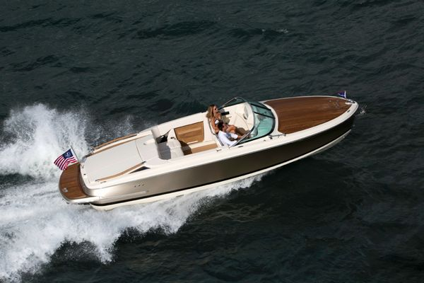 Alcore Marine Chris Craft Capri 25 6