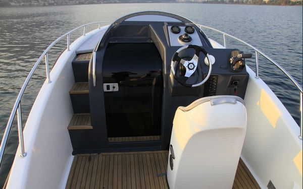 Alcore Marine Clear Aries Cabin 4